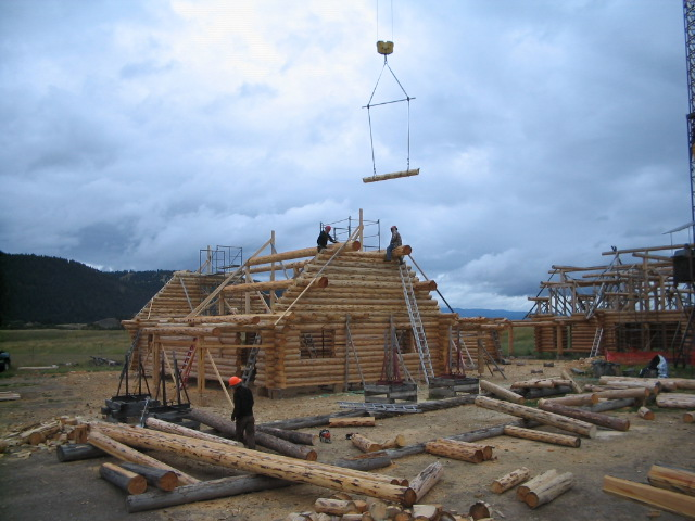 Building the full log gable ends