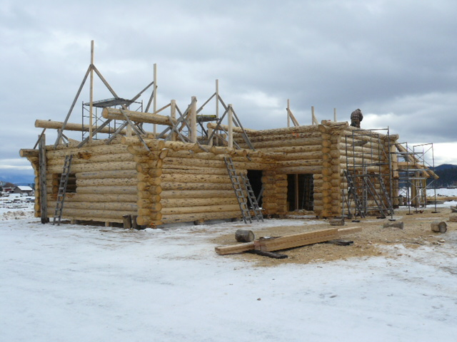 Roof purlins going up!