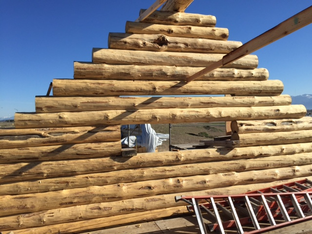 Full log Gable